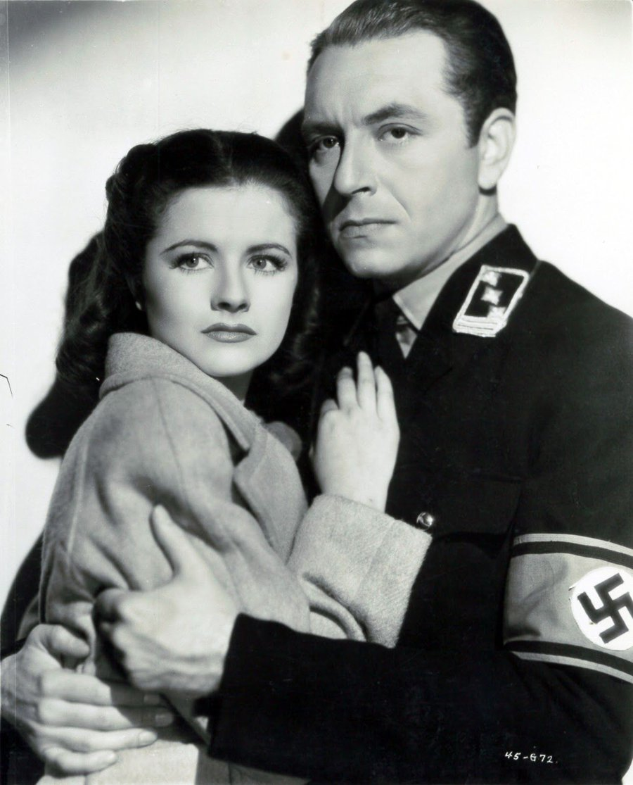 Still from Night Train to Munich